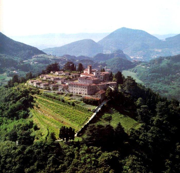 Окрестности Абено Терме в Италии
