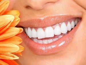 Красивые зубы - это своевременное лечение, протезирование и имплантация зубов в Германии